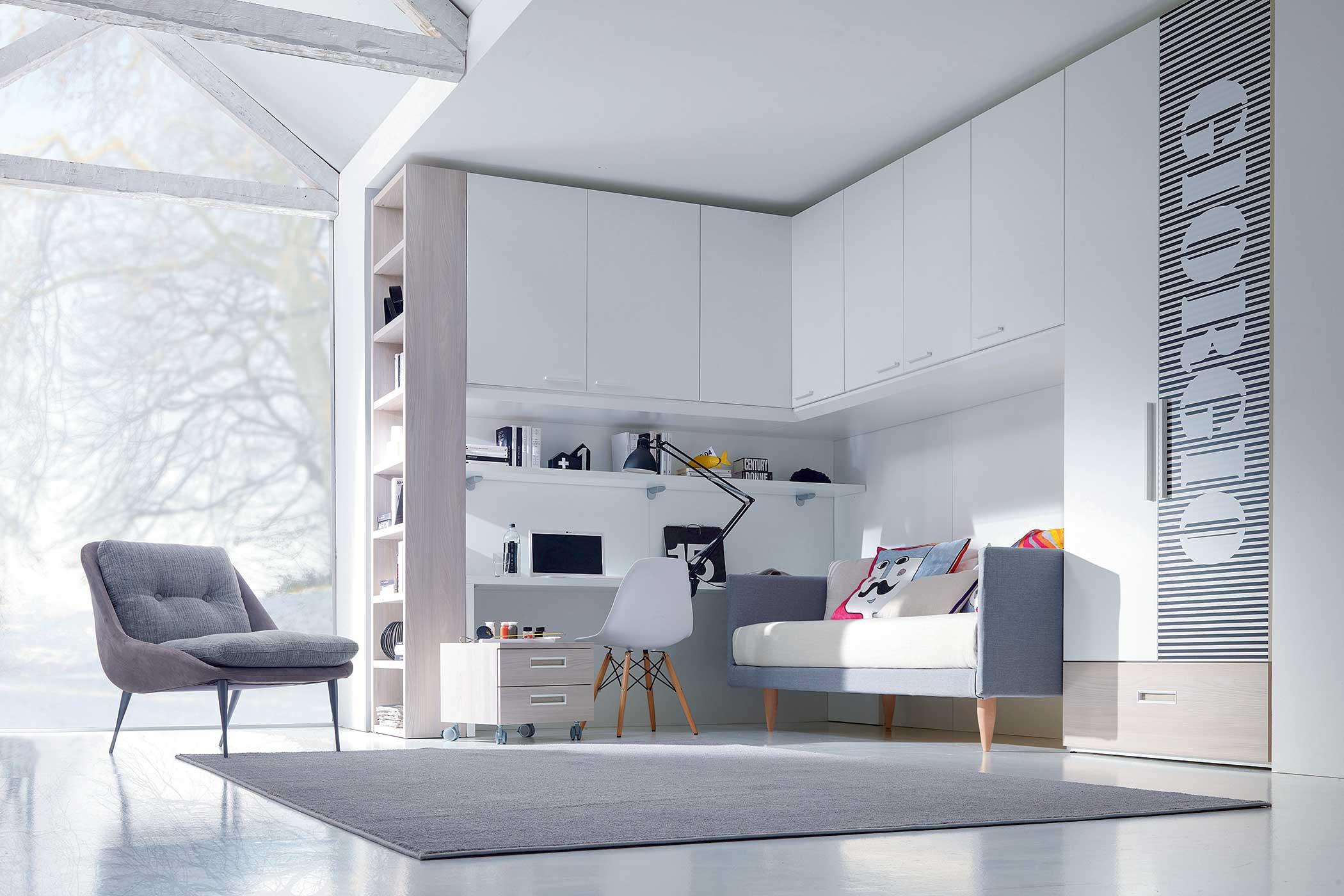 Gruppo Doimo Dielle - cameretta bianco e legno con un letto, armadio a ponte e scrivania.